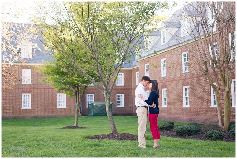 Classy Regent University Virginia Beach Engagement Session_0518