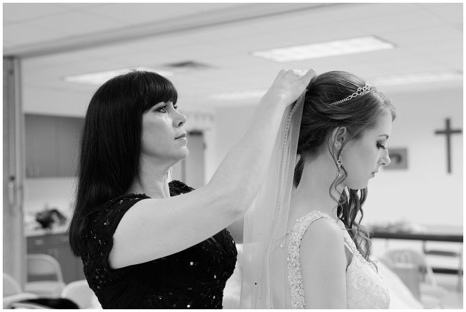 Chesapeake Norfolk Virginia Beach Wedding Husband and Wife Photographers_1057