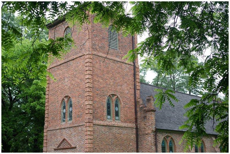 Historic St Lukes Church Smithfield Virginia Wedding Photographers_0935