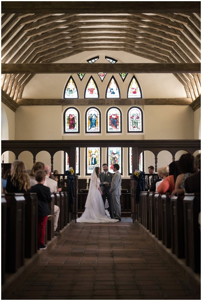 Historic St Lukes Church Smithfield Virginia Wedding Photographers_0951
