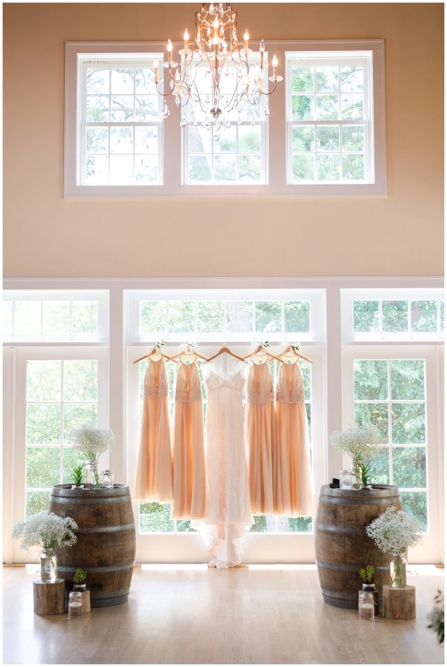 Beautiful Neutral Cream Wedding Womens Club of Portsmouth Virginia Wedding Photographers_1512
