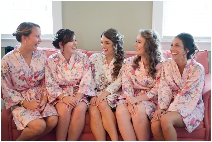 Beautiful Neutral Cream Wedding Womens Club of Portsmouth Virginia Wedding Photographers_1517