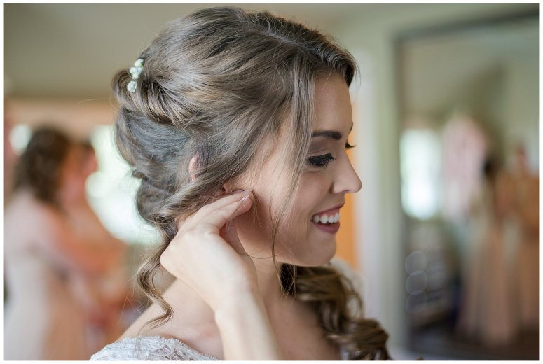 Beautiful Neutral Cream Wedding Womens Club of Portsmouth Virginia Wedding Photographers_1530