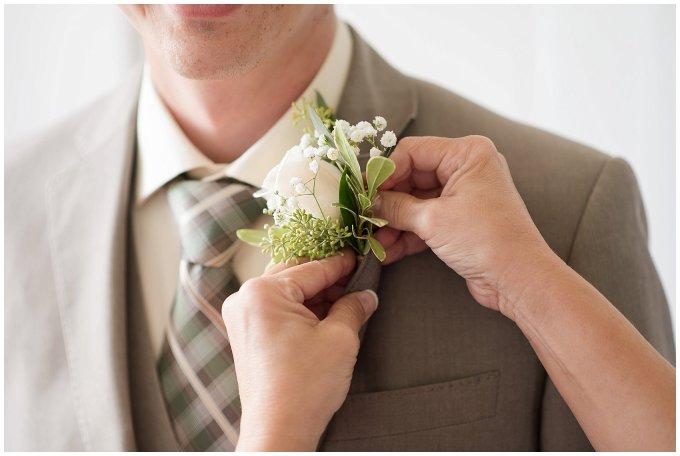 Beautiful Neutral Cream Wedding Womens Club of Portsmouth Virginia Wedding Photographers_1539