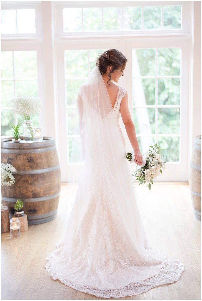 Beautiful Neutral Cream Wedding Womens Club of Portsmouth Virginia Wedding Photographers_1545