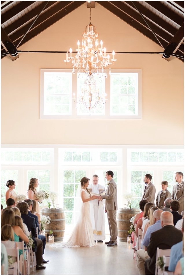Beautiful Neutral Cream Wedding Womens Club of Portsmouth Virginia Wedding Photographers_1567