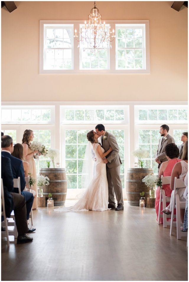 Beautiful Neutral Cream Wedding Womens Club of Portsmouth Virginia Wedding Photographers_1569