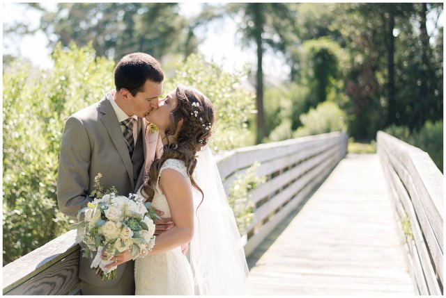 Beautiful Neutral Cream Wedding Womens Club of Portsmouth Virginia Wedding Photographers_1589