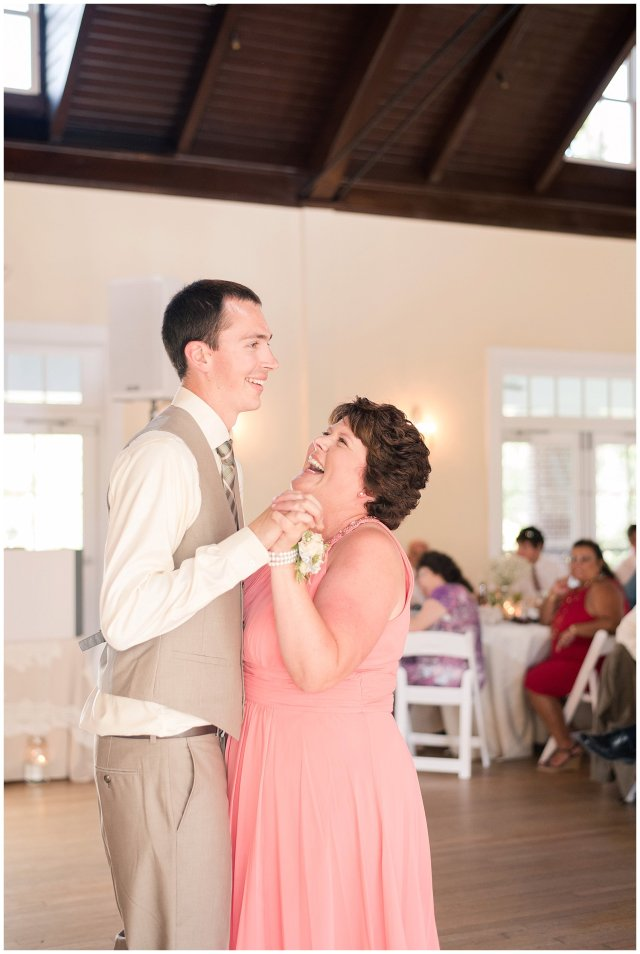 Beautiful Neutral Cream Wedding Womens Club of Portsmouth Virginia Wedding Photographers_1623