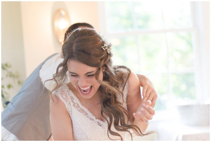 Beautiful Neutral Cream Wedding Womens Club of Portsmouth Virginia Wedding Photographers_1640