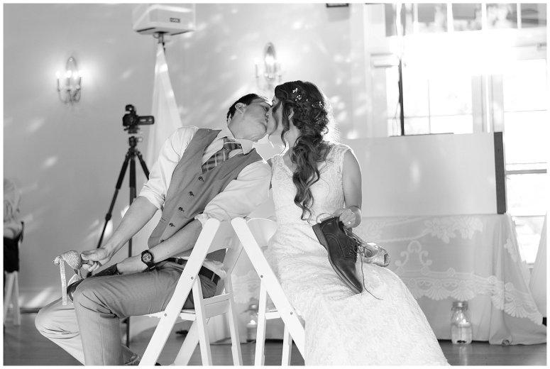 Beautiful Neutral Cream Wedding Womens Club of Portsmouth Virginia Wedding Photographers_1645