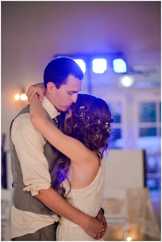 Beautiful Neutral Cream Wedding Womens Club of Portsmouth Virginia Wedding Photographers_1658