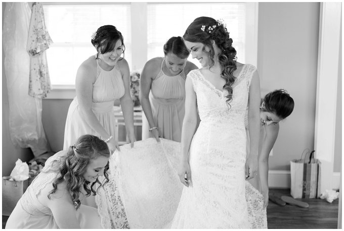 Beautiful Neutral Cream Wedding Womens Club of Portsmouth Virginia Wedding Photographers_1666