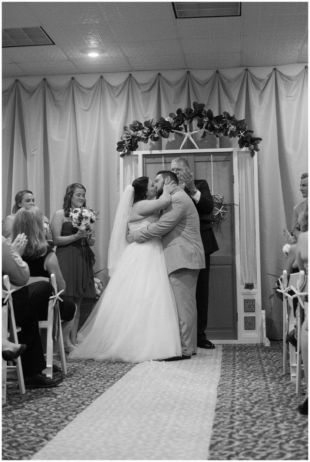 Virginia Beach Wedding at Shifting Sands Dam Neck Photographers_1406