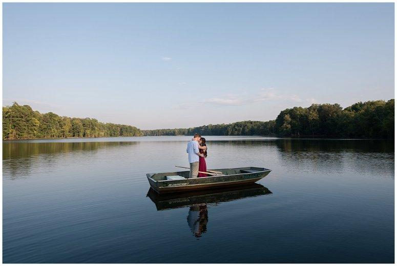 notebook-inspired-boat-engagement-session-virginia-wedding-photographers_2228