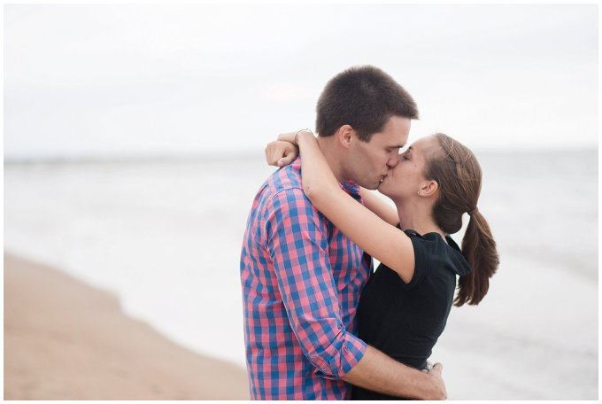surprise-beach-proposal-engagement-virginia-beach-wedding-photographers_3289