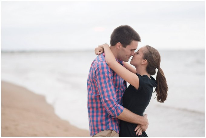 surprise-beach-proposal-engagement-virginia-beach-wedding-photographers_3290