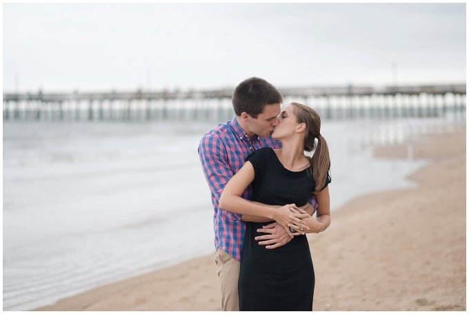surprise-beach-proposal-engagement-virginia-beach-wedding-photographers_3296