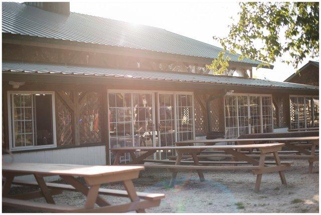 virginia-beach-outdoor-hunt-club-farm-red-wing-park-wedding-photographers_2404