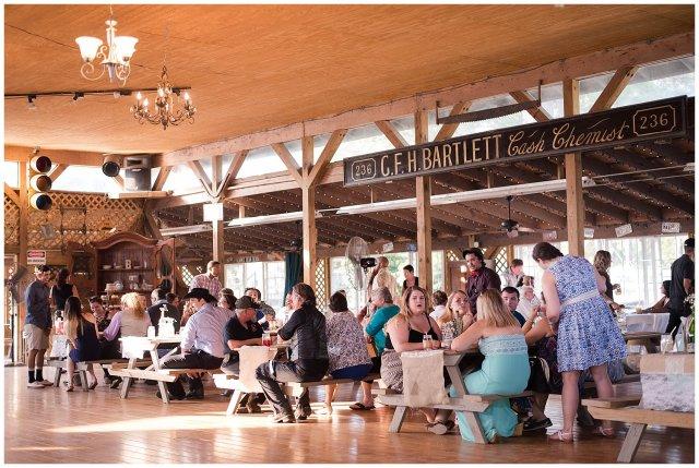 virginia-beach-outdoor-hunt-club-farm-red-wing-park-wedding-photographers_2408