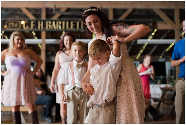 virginia-beach-outdoor-hunt-club-farm-red-wing-park-wedding-photographers_2440