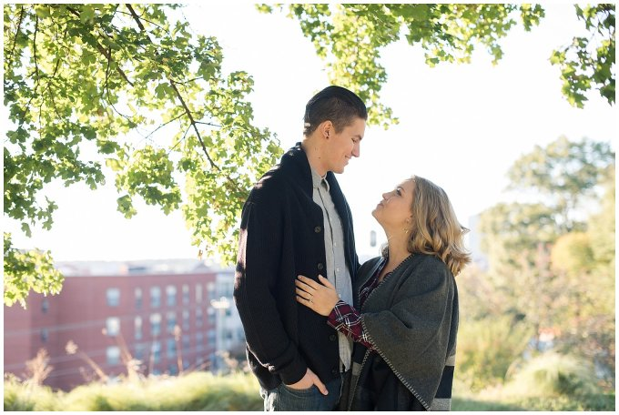 downtown-richmond-libby-hill-park-engagement-session-building-virginia-wedding-photographers_2643