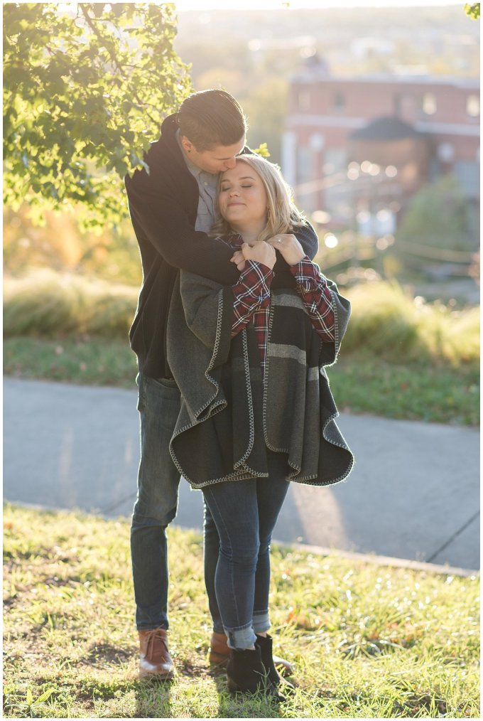 downtown-richmond-libby-hill-park-engagement-session-building-virginia-wedding-photographers_2649