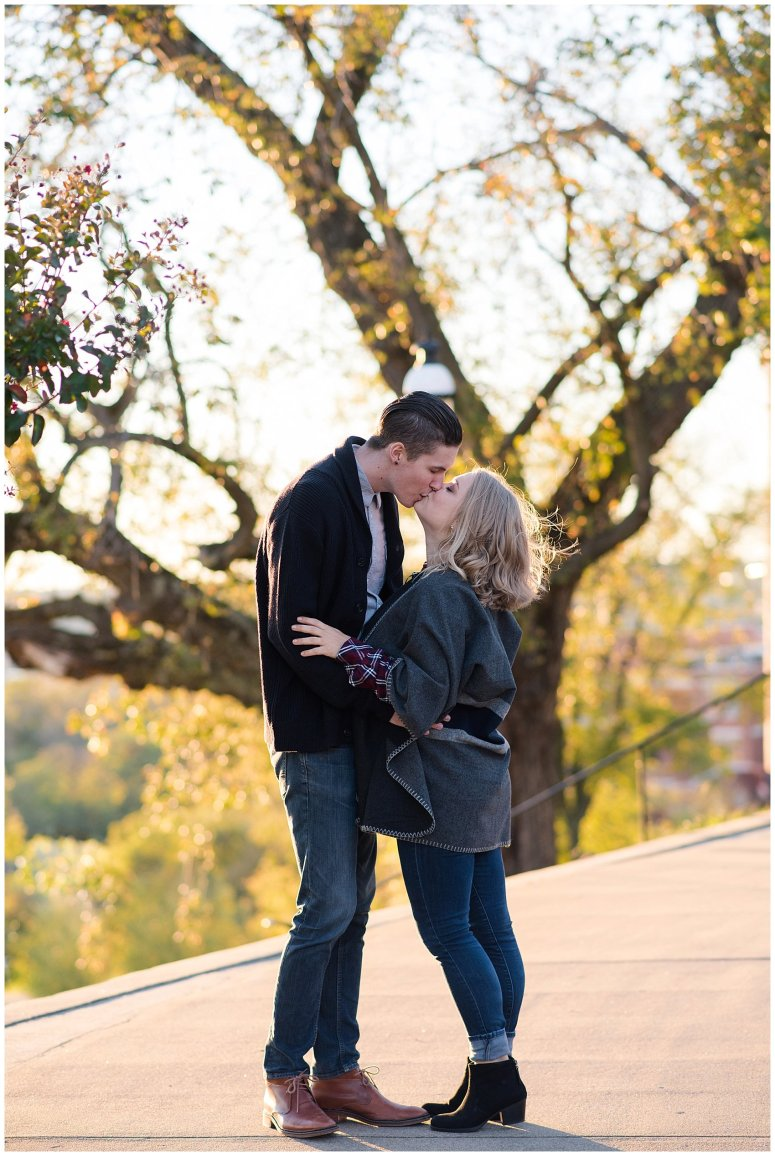 downtown-richmond-libby-hill-park-engagement-session-building-virginia-wedding-photographers_2665