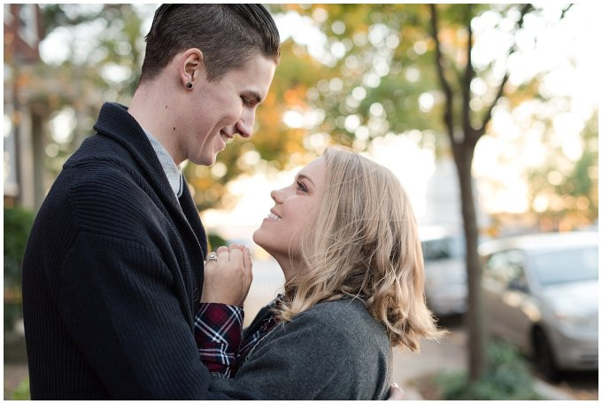 downtown-richmond-libby-hill-park-engagement-session-building-virginia-wedding-photographers_2672