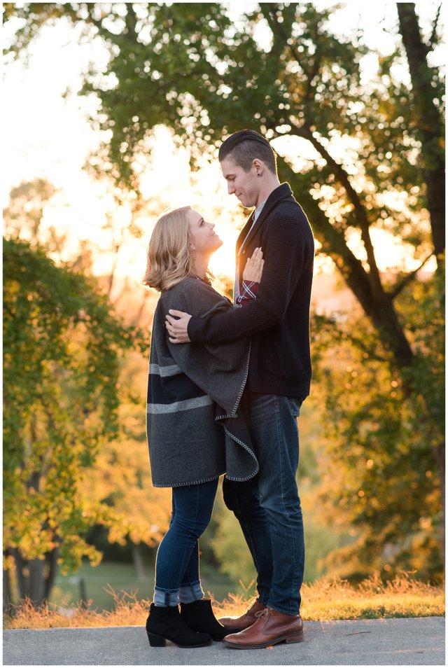 downtown-richmond-libby-hill-park-engagement-session-building-virginia-wedding-photographers_2686