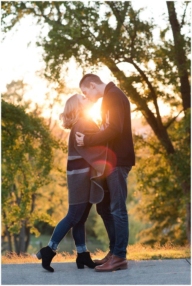downtown-richmond-libby-hill-park-engagement-session-building-virginia-wedding-photographers_2687
