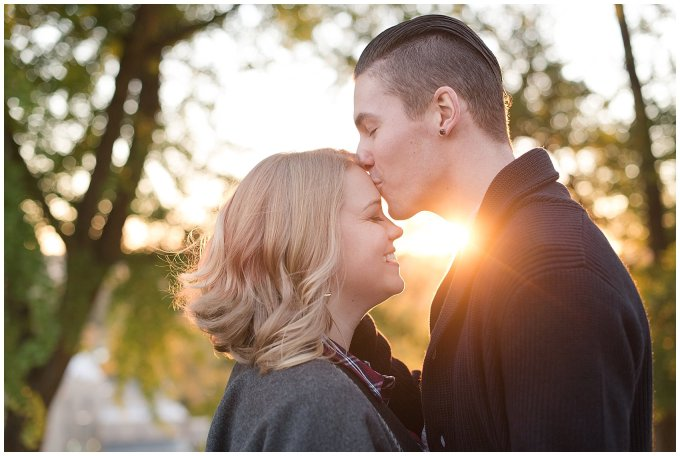 downtown-richmond-libby-hill-park-engagement-session-building-virginia-wedding-photographers_2690