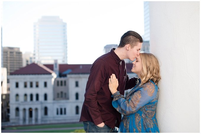 downtown-richmond-state-capitol-engagement-session-building-virginia-wedding-photographers_2614