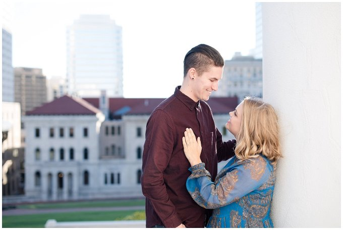 downtown-richmond-state-capitol-engagement-session-building-virginia-wedding-photographers_2616