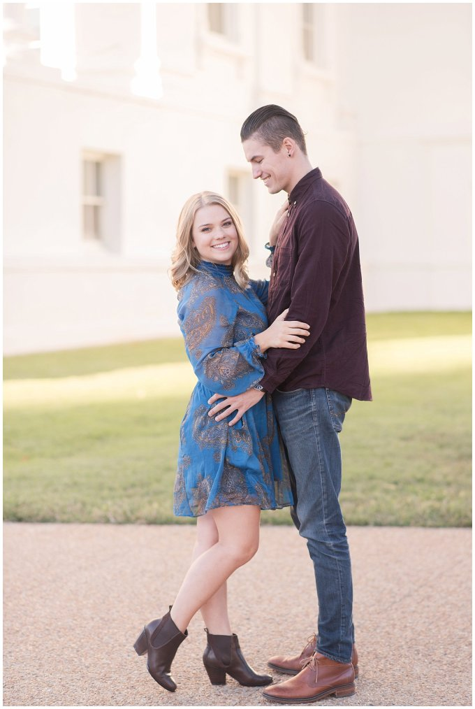 downtown-richmond-state-capitol-engagement-session-building-virginia-wedding-photographers_2626
