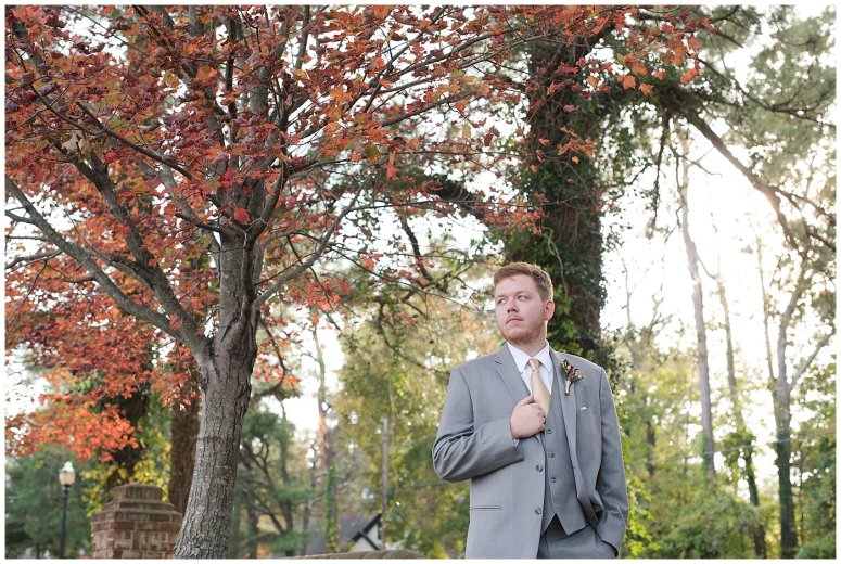 autumn-november-red-burgundy-wine-smithfield-center-wedding-virginia-wedding-photographers_3084