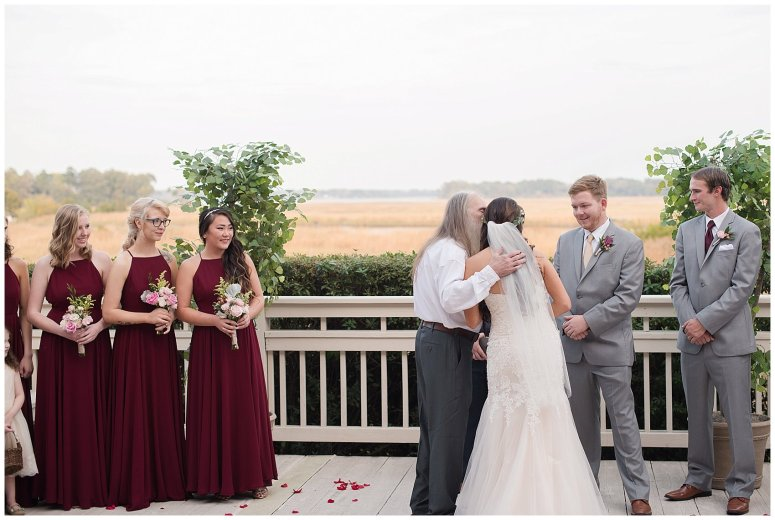autumn-november-red-burgundy-wine-smithfield-center-wedding-virginia-wedding-photographers_3103