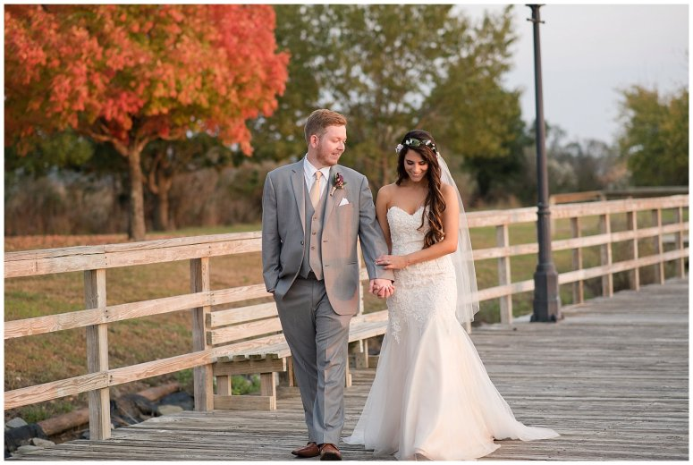 autumn-november-red-burgundy-wine-smithfield-center-wedding-virginia-wedding-photographers_3179