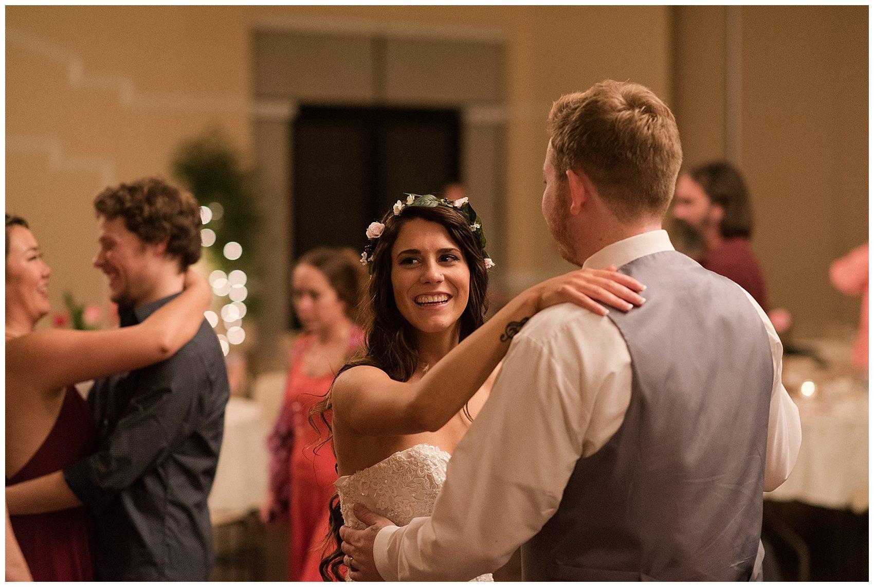 autumn-november-red-burgundy-wine-smithfield-center-wedding-virginia-wedding-photographers_3241