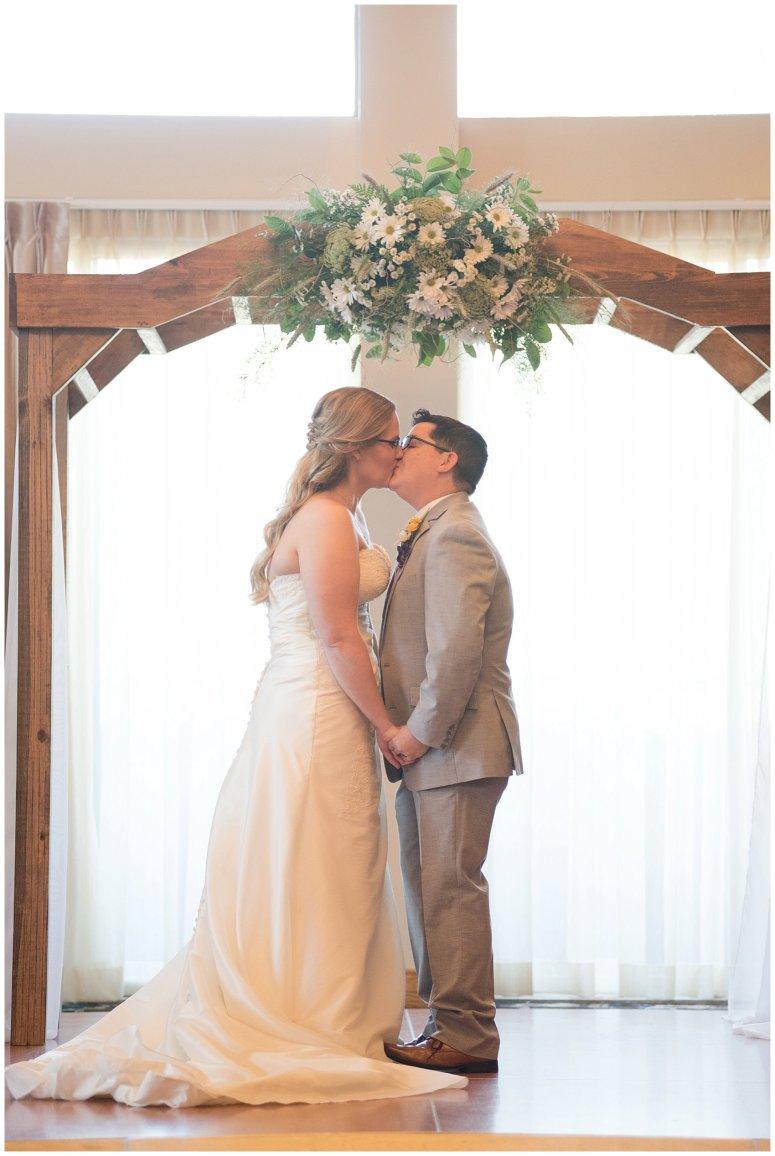 autumn-october-purple-greenbrier-country-club-wedding-virginia-wedding-photographers_2929