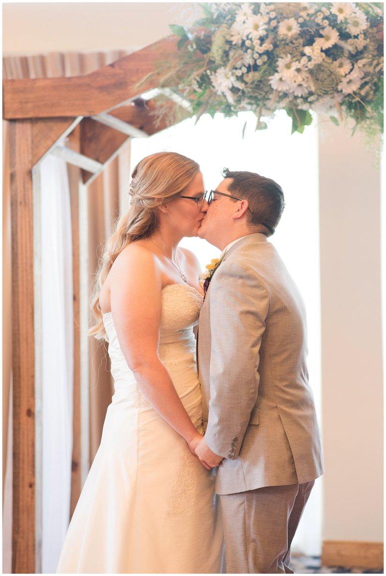 autumn-october-purple-greenbrier-country-club-wedding-virginia-wedding-photographers_2930
