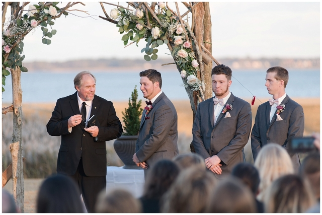 cedar-pointe-country-club-golf-course-outdoor-ceremony-virginia-wedding-photographers_3384