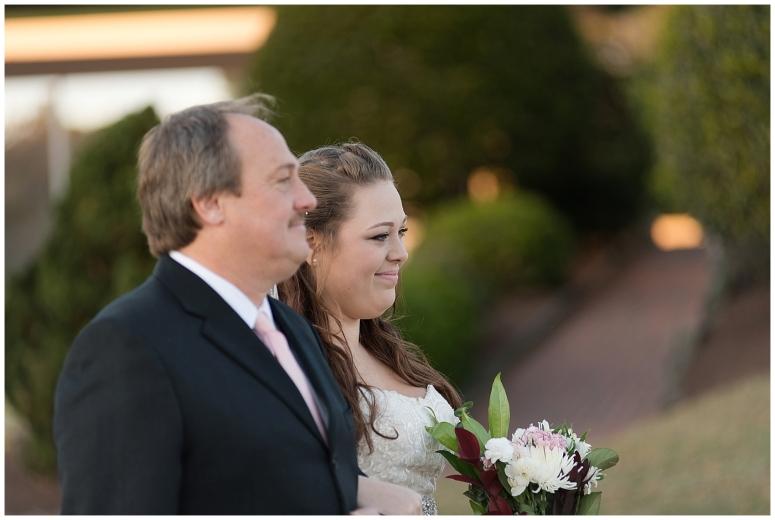 cedar-pointe-country-club-golf-course-outdoor-ceremony-virginia-wedding-photographers_3389