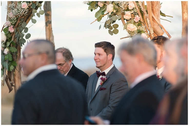 cedar-pointe-country-club-golf-course-outdoor-ceremony-virginia-wedding-photographers_3390