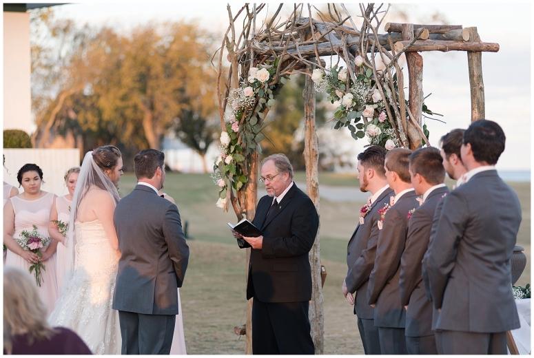 cedar-pointe-country-club-golf-course-outdoor-ceremony-virginia-wedding-photographers_3397