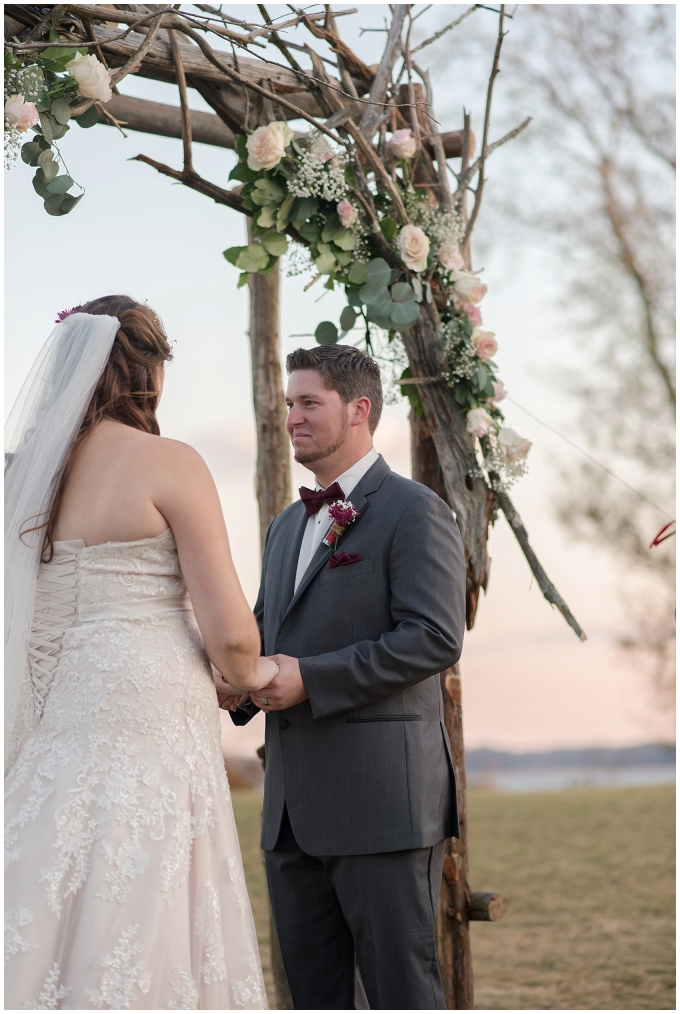 cedar-pointe-country-club-golf-course-outdoor-ceremony-virginia-wedding-photographers_3416