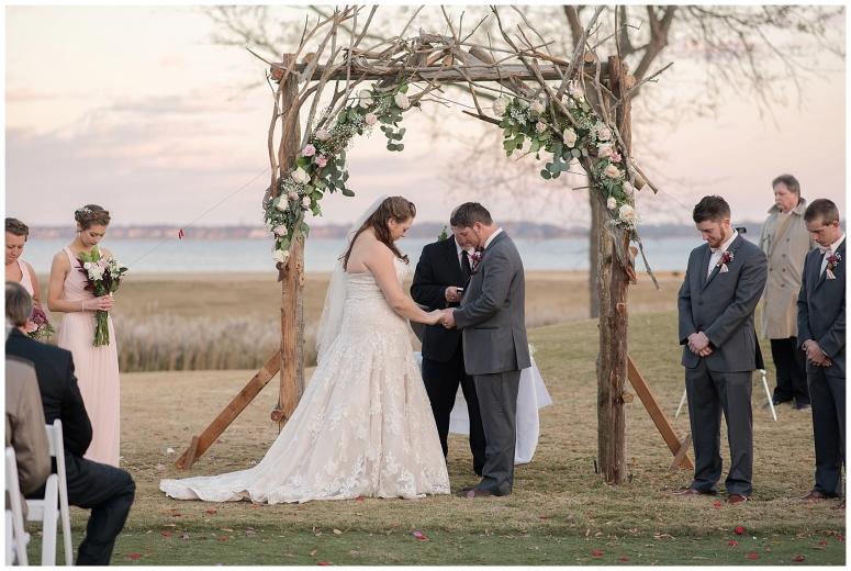 cedar-pointe-country-club-golf-course-outdoor-ceremony-virginia-wedding-photographers_3417