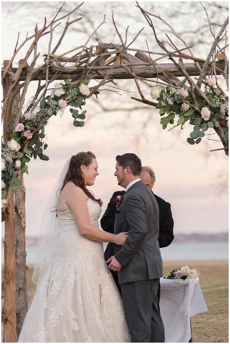 cedar-pointe-country-club-golf-course-outdoor-ceremony-virginia-wedding-photographers_3418