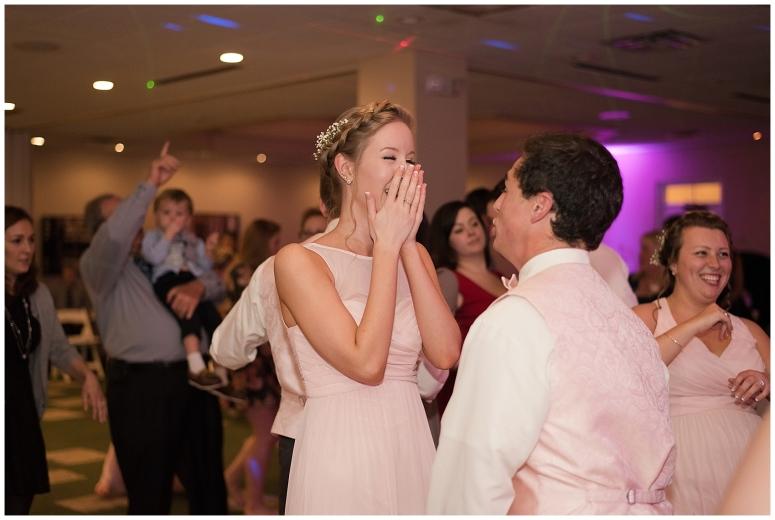 cedar-pointe-country-club-golf-course-outdoor-ceremony-virginia-wedding-photographers_3506