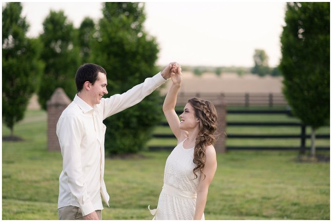 virginia-north-carolina-engagement-wedding-photographers-hampton-roads-virginia-engagement-photos-husband-and-wife-team_3692